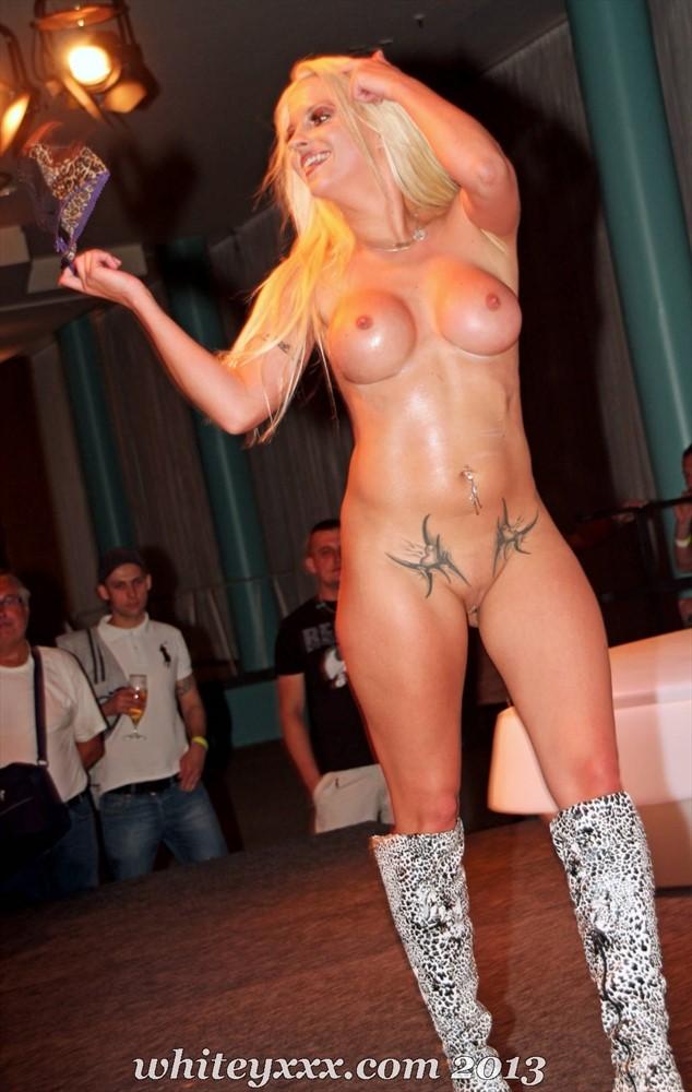 Biggi Bardot Porn 22